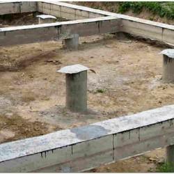 Столбчатый фундамент дома с ростверком фото