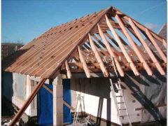 Четырехскатная крыша: возможные варианты обустройства, надежность и долговечность