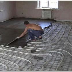 Укладка водяного тёплого пола в бетонную стяжку фото