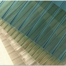 Сотовый поликарбонат: свойства, сфера применения и тонкости монтажа