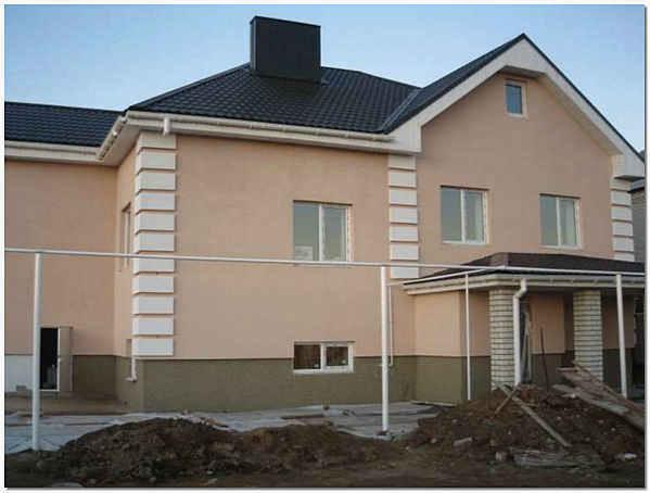 Облицовка фасада дома штукатуркой