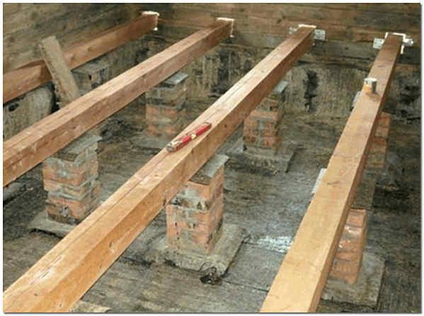 Столбы-опоры для плавающего деревянного пола