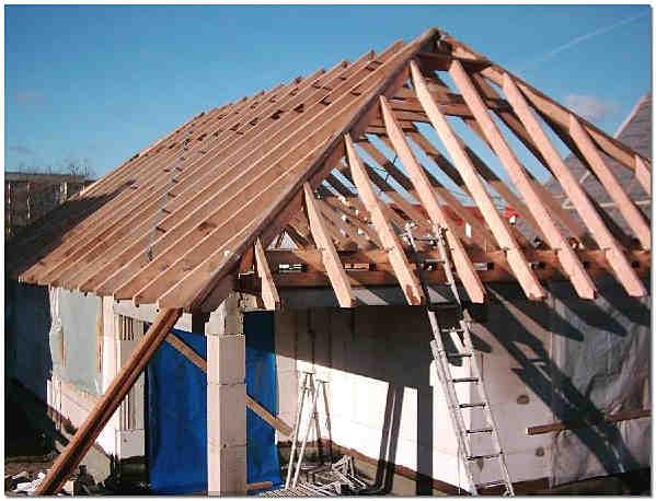 Простая вальмовая крыша своими руками