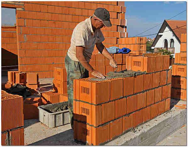 Строительство стен из керамоблоков